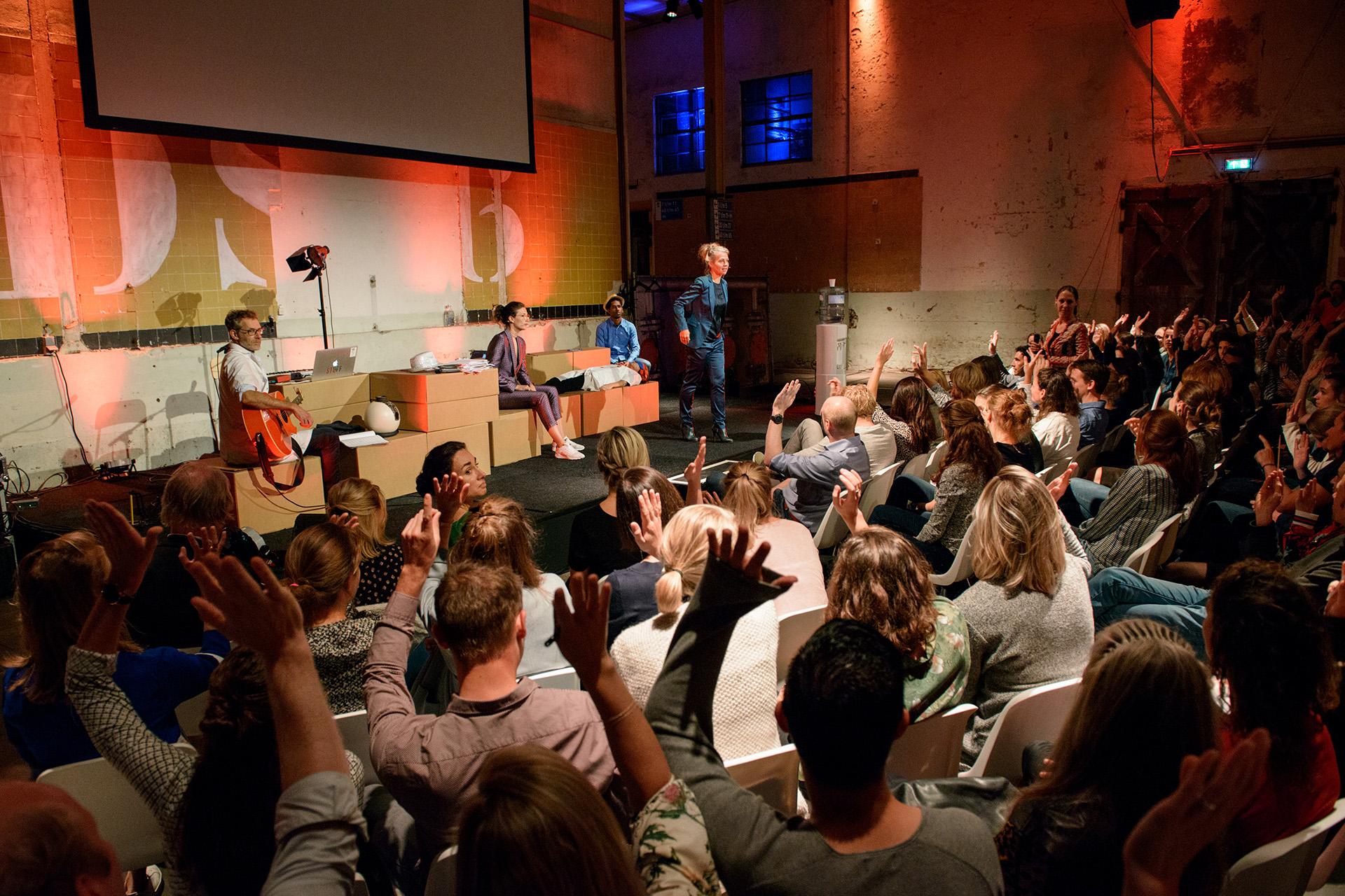 PodiumT speelt Time Out!Foto en © Yvonne Witte